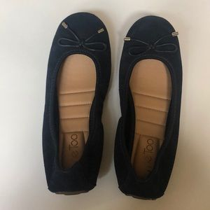 NEW Me Too Navy Blue Suede Flats